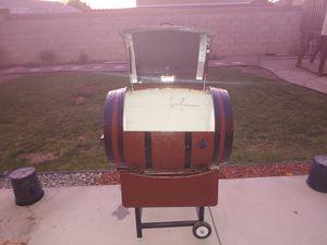 BARREL ICE COOLER for Sale in Lancaster, CA