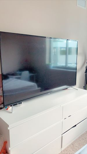 """Tv TCL 65"""" Roku system for Sale in Miami, FL"""