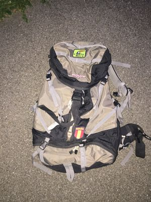 JANSPORT HIKING BACKPACK for Sale in Wallingford, CT