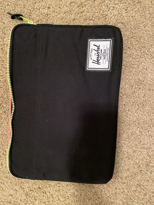 Herschel laptop case for Sale in Visalia, CA