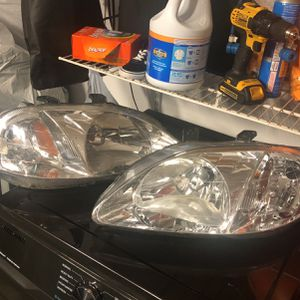 99-00 Civic Headlights for Sale in Victorville, CA