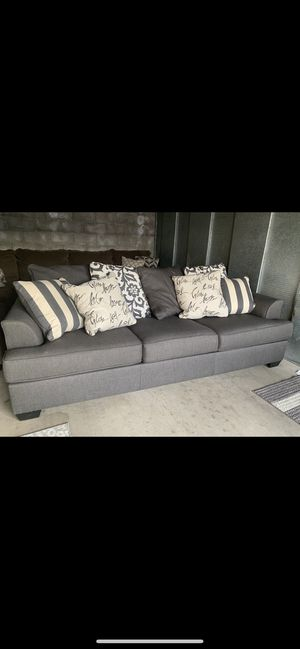 Large sofa for Sale in Fresno, CA