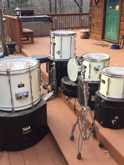 Drum Set, 5 Piece With cases for Sale in Williamston,  SC