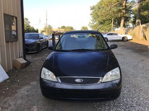 2005 Ford Focus. Clean Title. Current Emissions for Sale in Alpharetta, GA