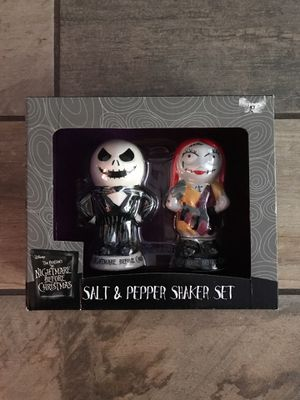 The Nightmare Before Christmas Jack & Sally Salt & Pepper Shakers for Sale in Gulfport, FL