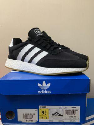 Adidas I-5923 Iniki Black Gum Size 9.5 for Sale in Fairfax, VA