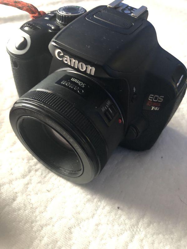 Canon Rebel T4i body w/Basic Kit lense & Charge