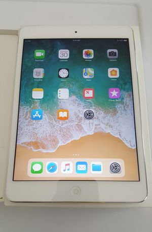 Apple iPad Air, 1st Generation, 16GB Wi-Fi + Cellular Unlocked AT&T, 9.7-inch Retina Tablet iOS 11 for Sale in New York, NY