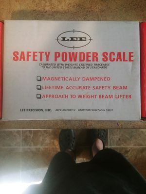 Lee powder scale for Sale in Klamath Falls, OR