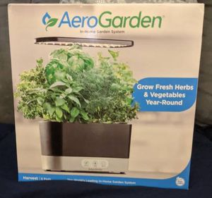 AeroGarden 100610-BLK for Sale in West Hollywood, CA