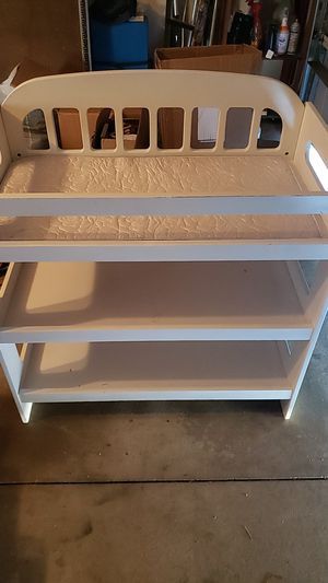 Changing table for Sale in Etiwanda, CA