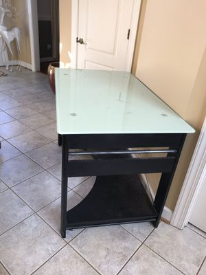 Desk for Sale in Forest, VA