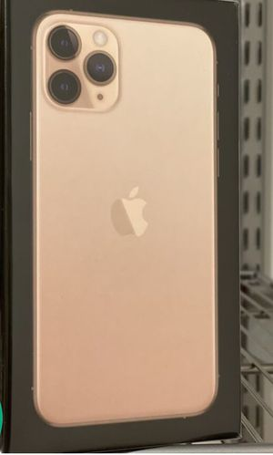 iPhone 11 pro (UNLOCKED AND CHEAP FOR ANY CARRIER) for Sale in Paducah, KY