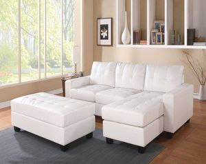 ☆★CONTEMPORARY WHITE BONDED LEATHER SECTIONAL SOFA COUCH OTTOMAN REVERSIBLE CHAISE☆★ for Sale in Downey, CA