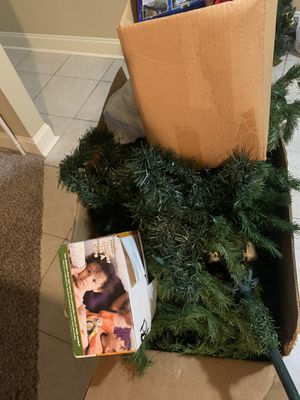 Free ! BIG XMAS TREE for Sale in Livingston, LA