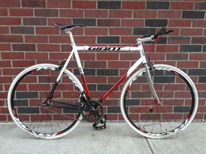 Giant Men's Road Bike 54cm for Sale in Brooklyn, NY