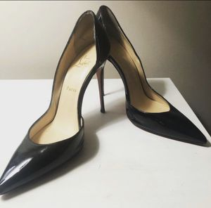 Black So Kate Louboutin pumps! for Sale in Marlow Heights, MD