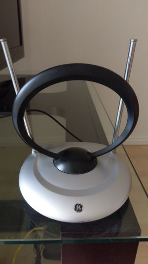 GE TV antenna silver and black for Sale in Rowland Heights, CA