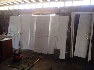 "standard interior doors (2) 30"" (2) 32"" (1) 34"" (4) 32"" bi-folds (1) 18"" for Sale in Falls Church, VA"