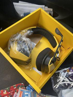 Gaming headphones for Sale in Surprise, AZ