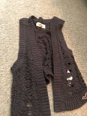 Hollister VEST small Brown for Sale in Lithonia, GA