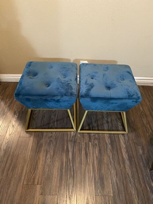 Two tufted stools for Sale in Norwalk, CA