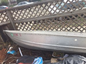 1975 Sears 12ft aluminum boat with 9.9 Johnson outboard motor for Sale in Oakland, CA