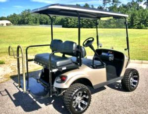 Asking$1000 Ez-Go TXT 2O15 Electric Golf Cart for Sale in Frederick, MD
