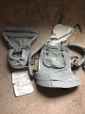 Ergo baby carrier w/ infant insert and drool pads for Sale in Burien, WA