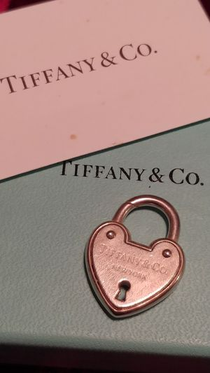 TIFFANY & CO REAL LOCKET (AUTHENTIC) for Sale in Tampa, FL