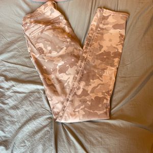 Old Navy High Rise Skinny Jeans for Sale in Aberdeen, WA