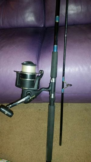 Fishing poles and reels /tackle/and extra reels for Sale in Seattle, WA