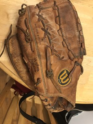 Wilson left handed A2000 baseball glove for Sale in Boston, MA