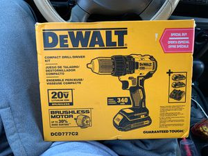 DeWalt compact drill/ driver kit for Sale in Fresno, CA