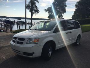 2008 Dodge Grand Caravan. for Sale in Tarpon Springs, FL