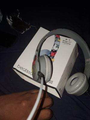 solo beats wireless Mickey mouse for Sale in Cumberland, IN