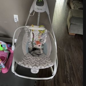 Baby Swing for Sale in Orlando, FL