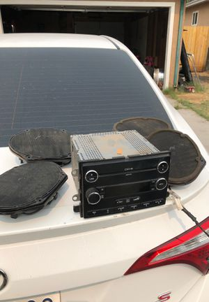 Ford Premium stereo system for Sale in Stockton, CA