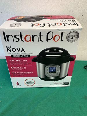 Instant Pot Duo Nova 6Qt 7-in-1 for Sale in Colton, CA