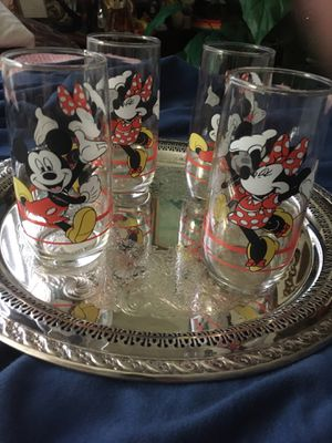 4 Collectable Disney glasses. They have depictions of Mickey And Minney Mouse. They are in great shape with no chips or cracks. for Sale in Fond du Lac, WI