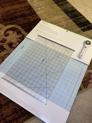 Cricut Rotary Cutter Kit for Sale in Concord, CA