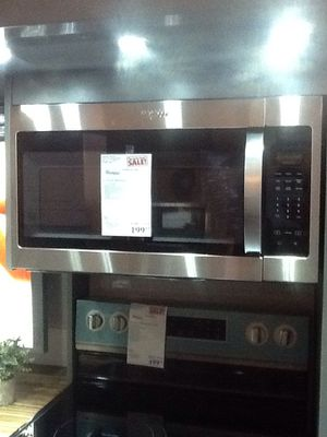 New open box whirlpool microwave 1.7 cu ft WMH31017HZ for Sale in Downey, CA