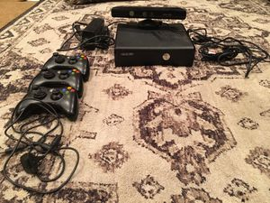 Xbox 360 w controllers and lot of games for Sale in Simi Valley, CA
