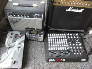 Marshall mg 30dfc fender frontman15g speaker system Gemini pmx60 stereo preamp mixer d4 digital recorder pro ableton40 controller board for Sale in Baltimore, MD