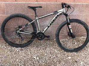 Trek Marlin 5 Mountain Bike for Sale in Phoenix, AZ