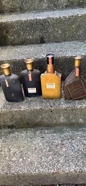 Antique Jim Beam Bottles in great condition! All 4 for $50 for Sale in Greensburg, PA