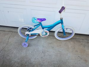 Girls bike with training wheels! for Sale in Fresno, CA