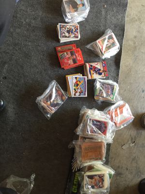 A lot of baseball cards full set 80's 90's 15$ each pack or 18 pack @10$ each 180$ for all of them for Sale in Antioch, CA