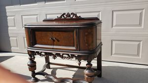 Antique china/ Buffet for Sale in Fresno, CA