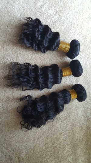 Brazilian human hair deep curly 10,12,14 300g 3bundles for Sale in Lanham, MD
